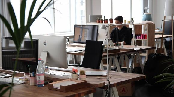 How smart people are more productive by working less