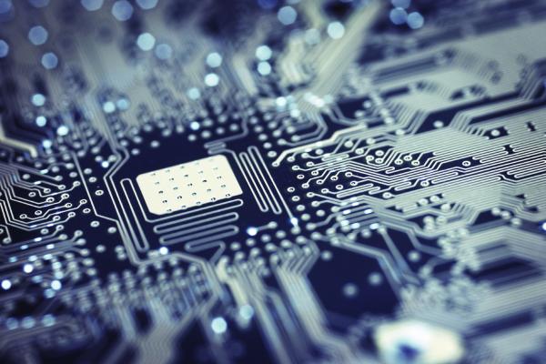 circuit-Sqr-resized-600