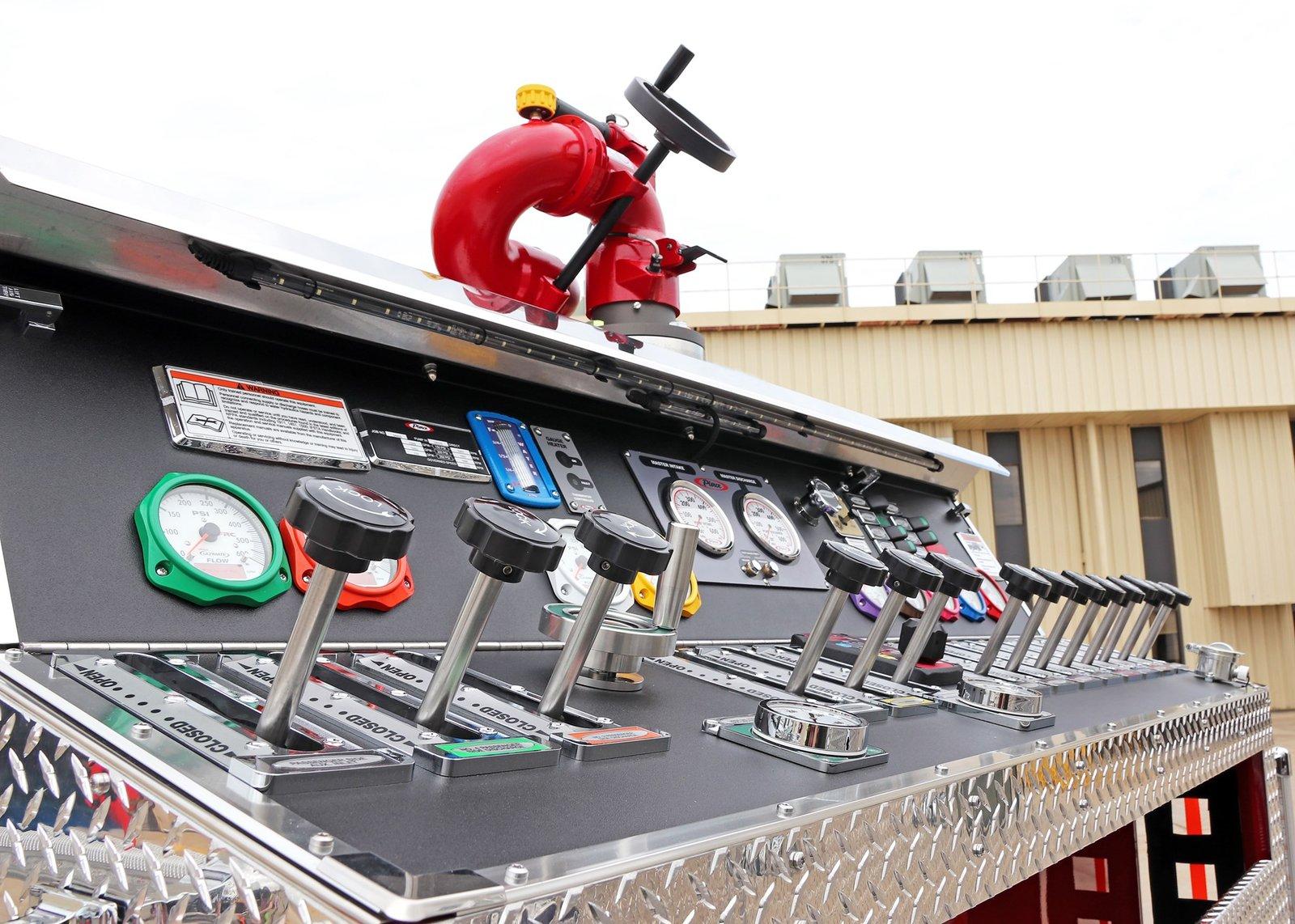 EM_ralston-volunteer-fire-department-pumper-34459