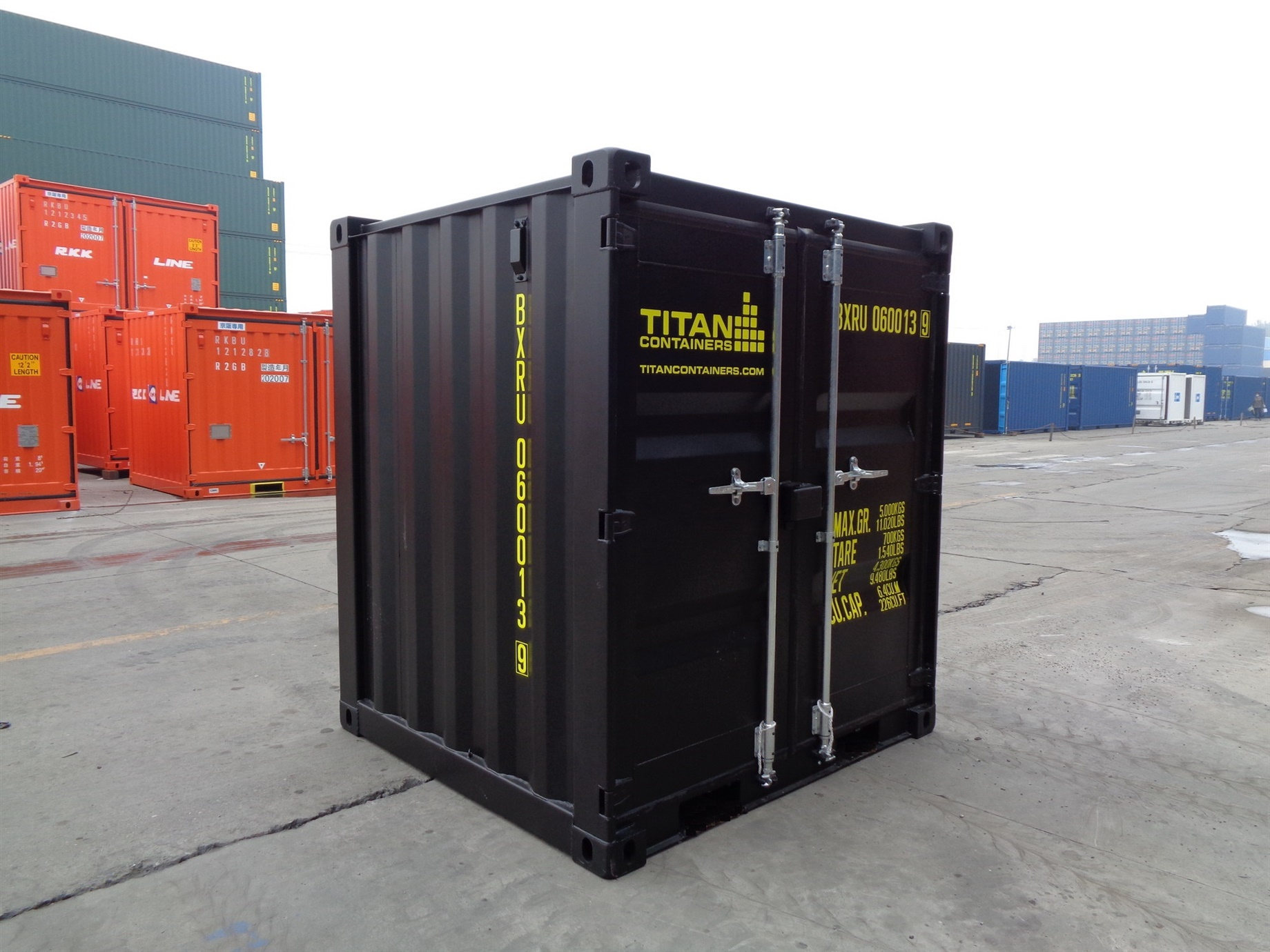6 8 10 black closed foot storage container TITAN Shiipping Containers