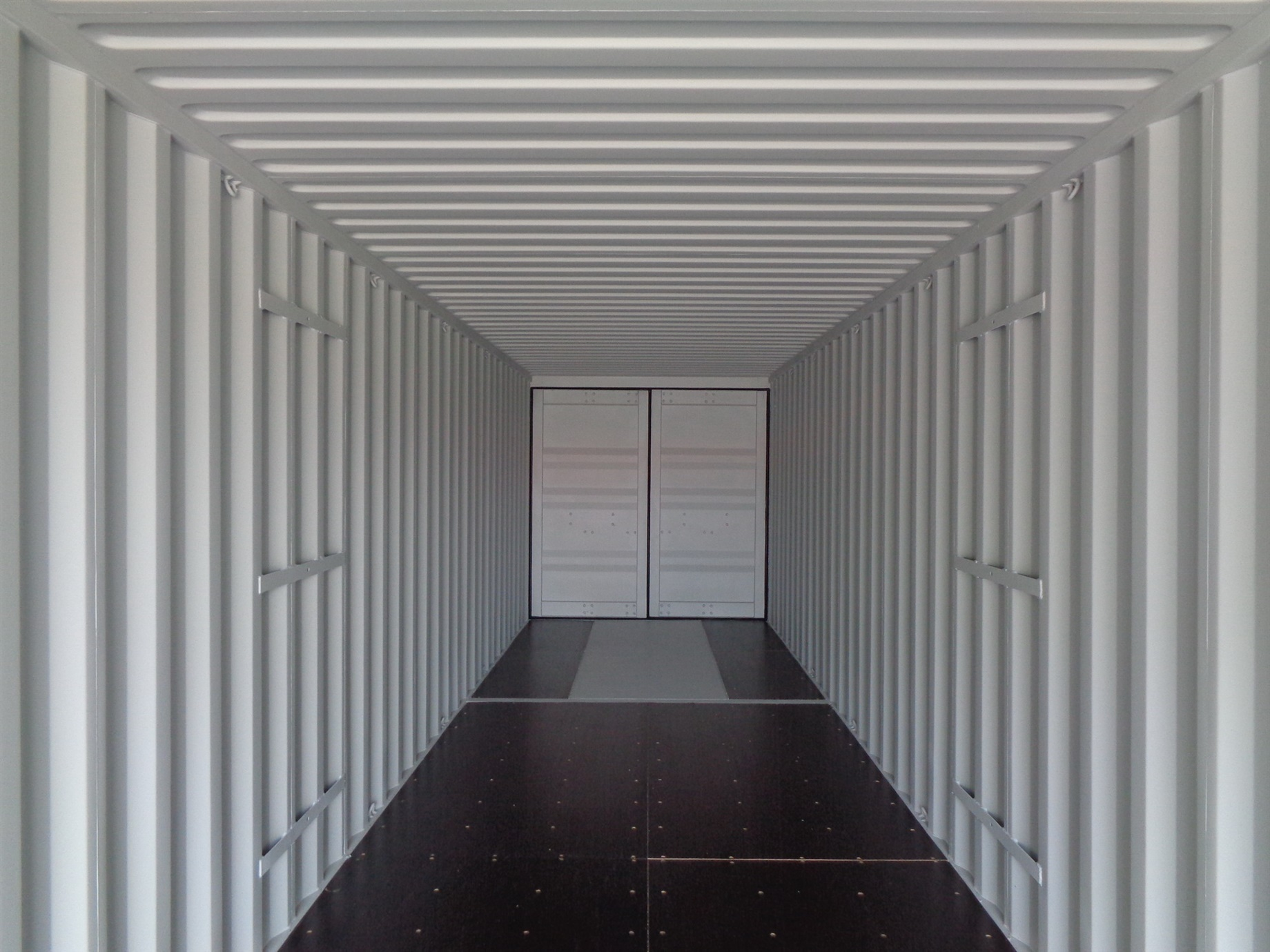 Storage Container with doors on each end doors 40 inside