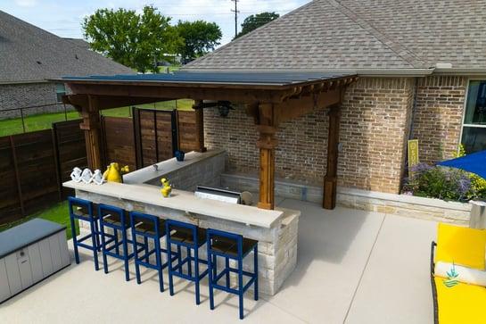 Outdoor Living Bar