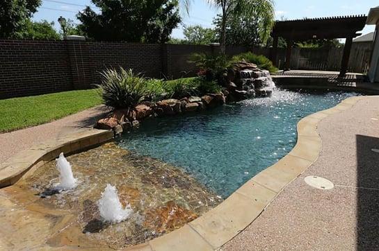 Walk-In & Beach Entry Pools