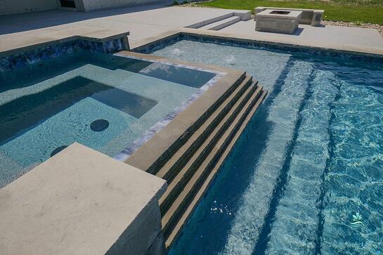 Pool-Adjoining Spas
