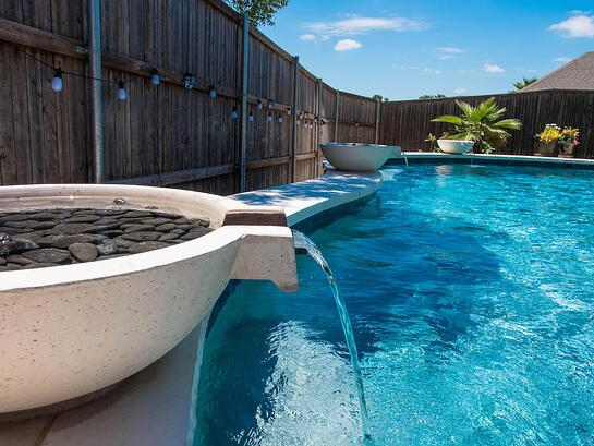 Pool Fountain Water Features