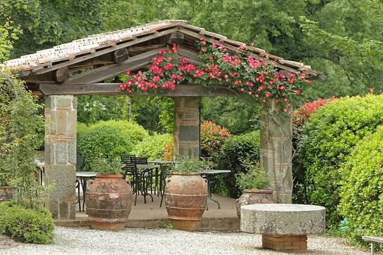 Tuscan Structure