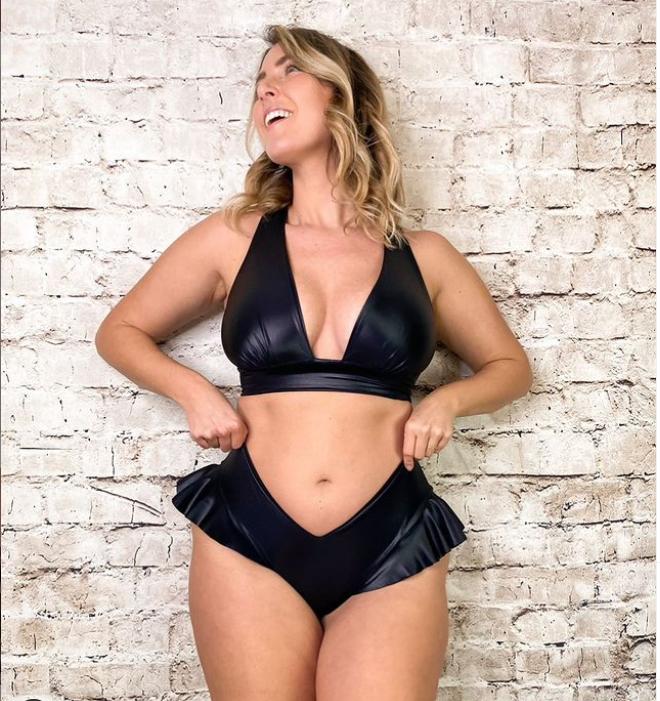 Curvy Model ed Influencer Body Positive: Laura Brioschi da Modella ad Imprenditrice