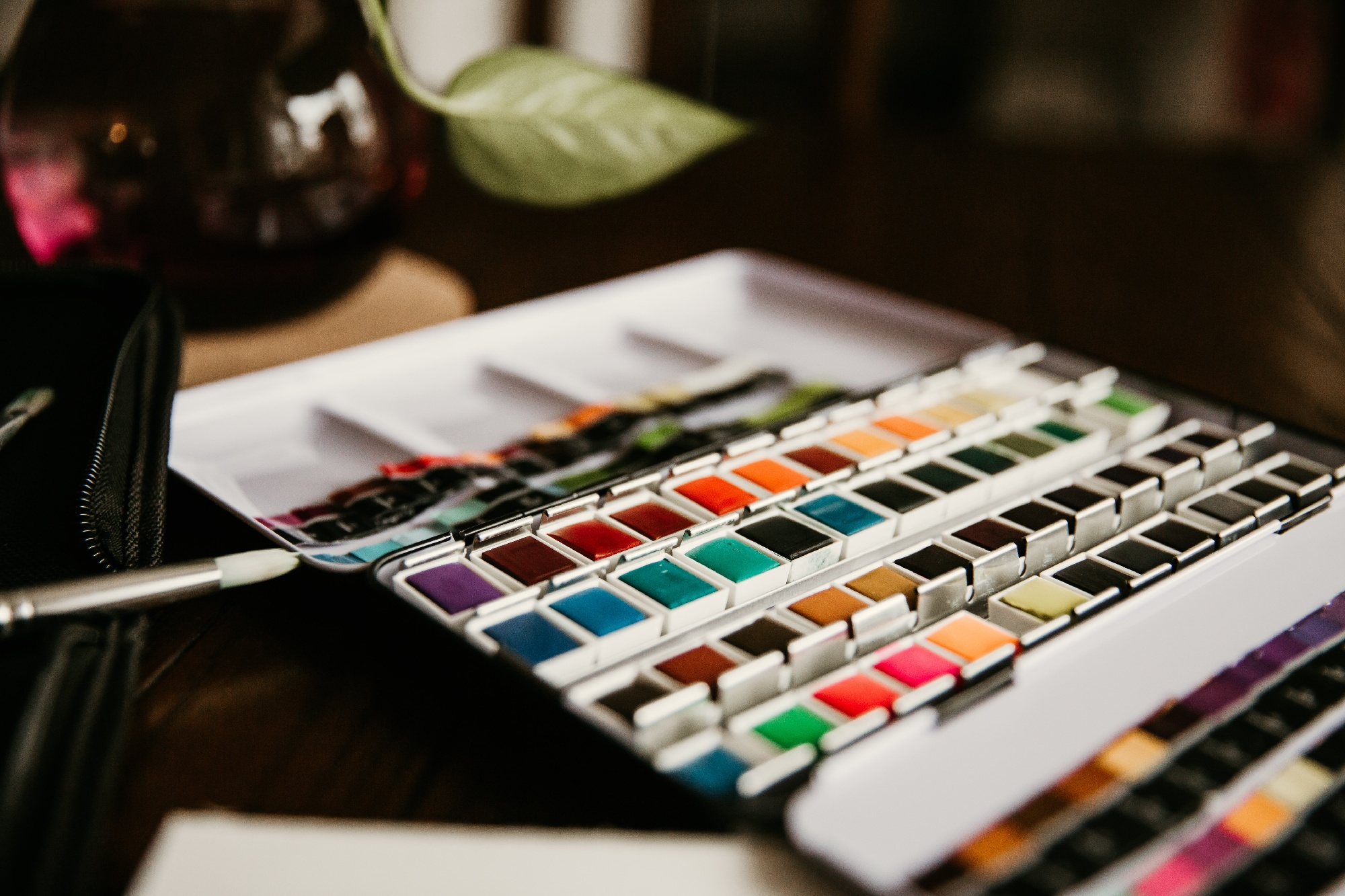 MakersValley Blog | Adding Aesthetics to Fashion Designs: Deciding on a Color Palette