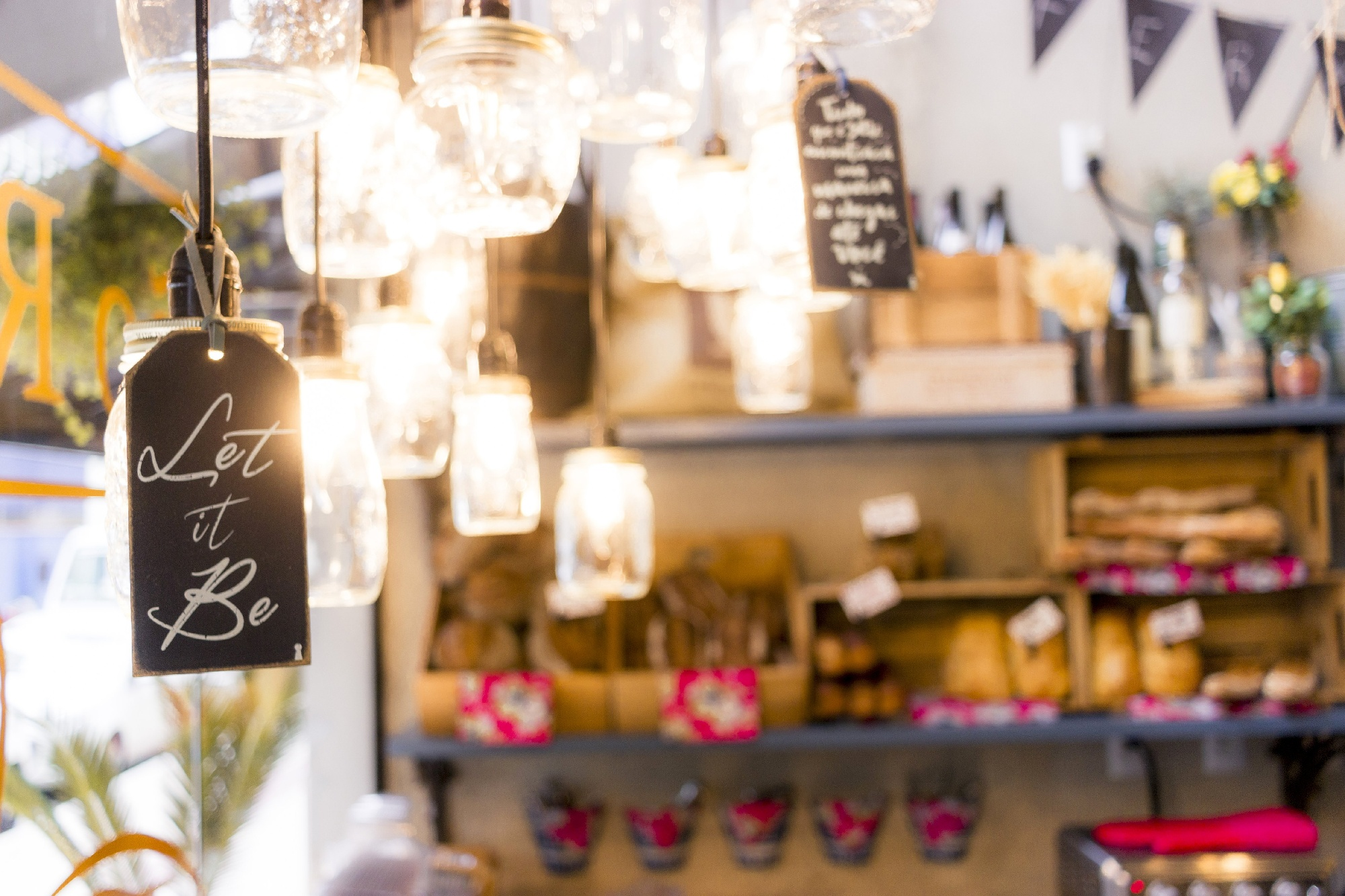 MakersValley Blog: How to Use In-store Events to Boost Sales and Increase Brand Loyalty