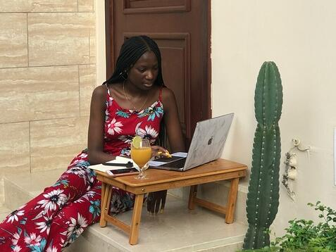 Makissi interning from home