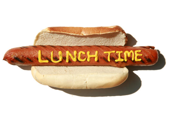 eat lunch early to lose weight