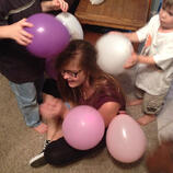 alyse_balloons_static_electricity