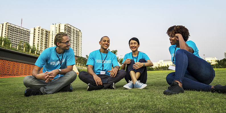 Volunteers in park