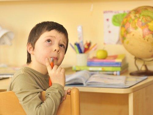 Homeschooling tips for travel nurse families