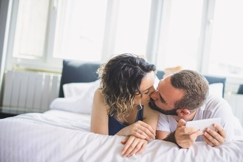 Why travel nursing can be good for a relationship