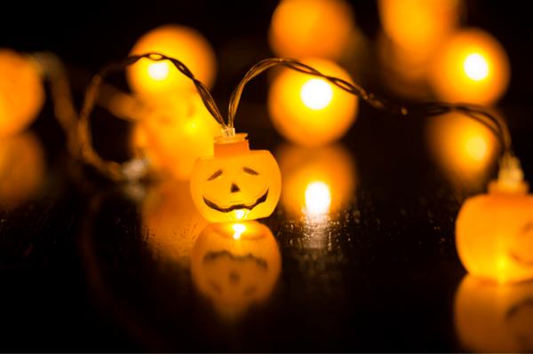 4 Ways LED Lighting Makes Halloween Awesome