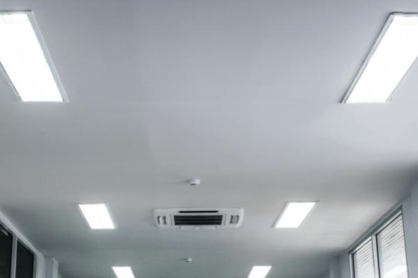 Fluorescent Light vs LED: Three Benefits of LED Lighting