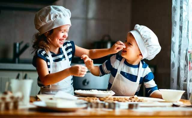 Apprendre l'anglais dans la cuisine : recettes faciles à réaliser avec les enfants.