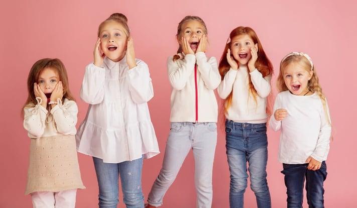 Cómo ayudar a los niños y niñas a expresar sus sentimientos y emociones en inglés: alegría, tristeza, rabia...