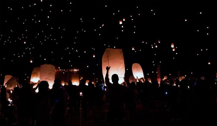 Les tradicions de Cap d'Any arreu del món: celebracions familiars per a aquesta nit