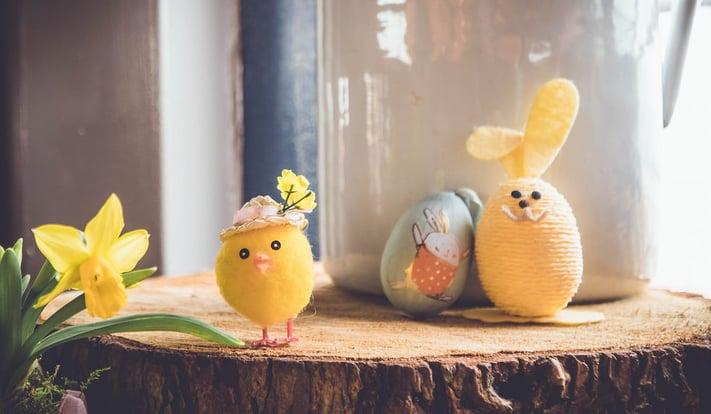 Manualitats amb ous de Pasqua per divertir-nos amb nens i nenes