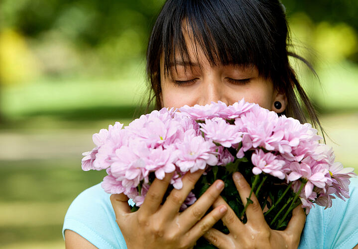facts: flowers make people happy