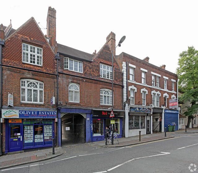 Commercial property guide: Charlton - London
