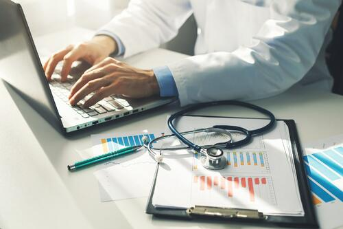 Your EHR System: 10 Ways Tech Can Help Manage Compliance and Immunization Tracking