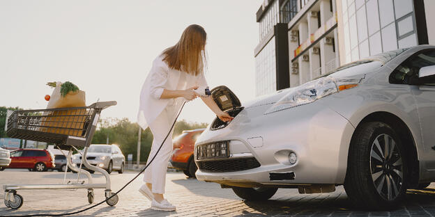 Why Australia is losing the EV race