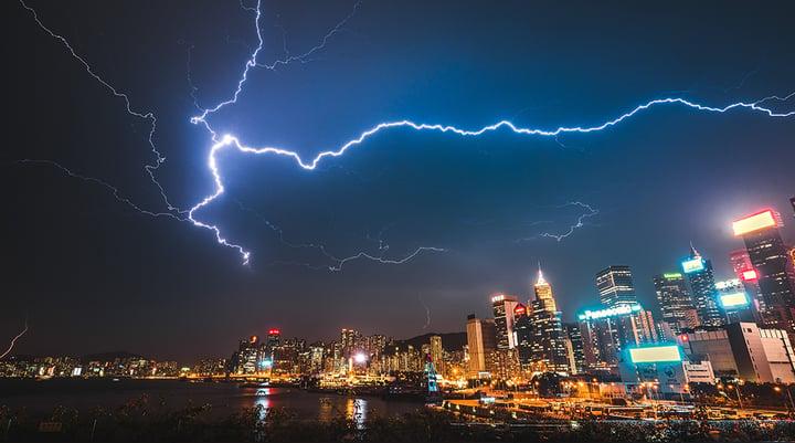 もしもの時に!地震や雷の時に注意したい家の電気のこと(後編)