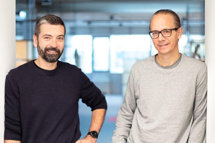 Die woom Gründer und Geschäftsführer Christian Bezdeka und Marcus Ihlenfeld