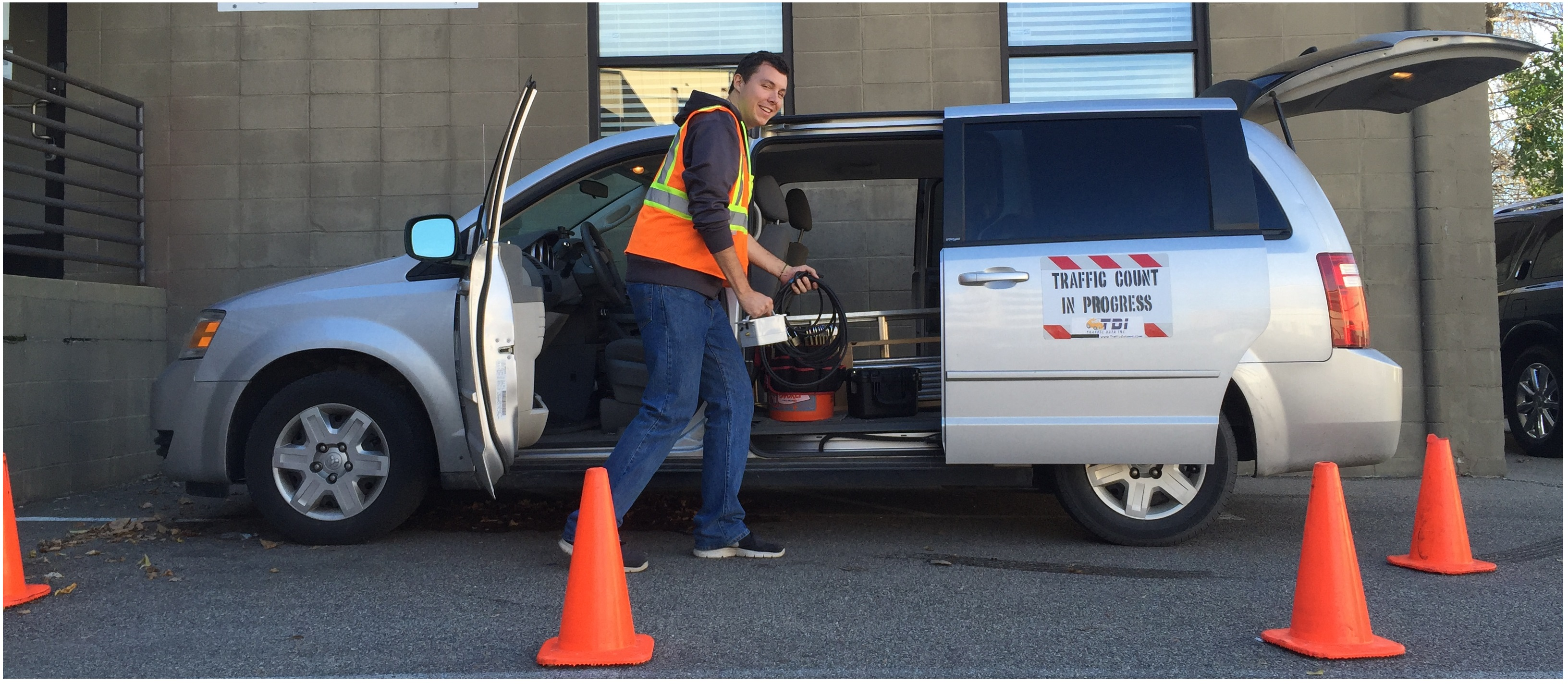 6 Must Have Features for a Traffic Counting Vehicle