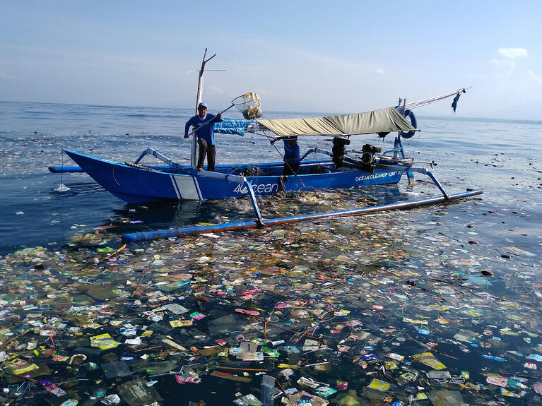 Businesses Fighting Plastic Pollution