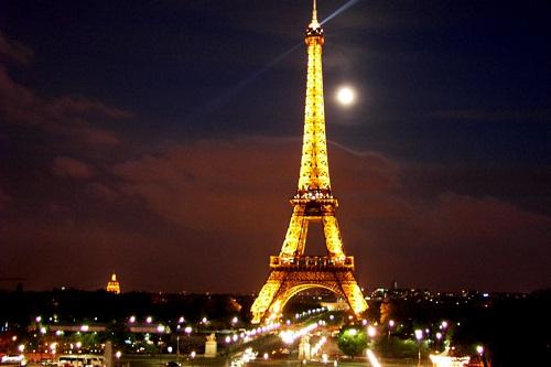 teach english france paris eiffel tower night moon