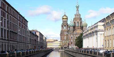 teaching English and romance in St. Petersburg, Russia