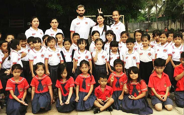 What are the Primary Differences Between Teaching in Europe and Asia?