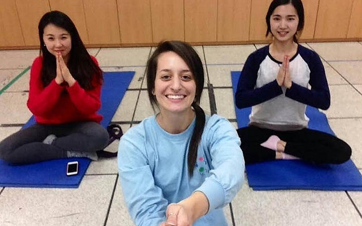 Discover Ways to Teach and Practice Yoga While Teaching English Abroad