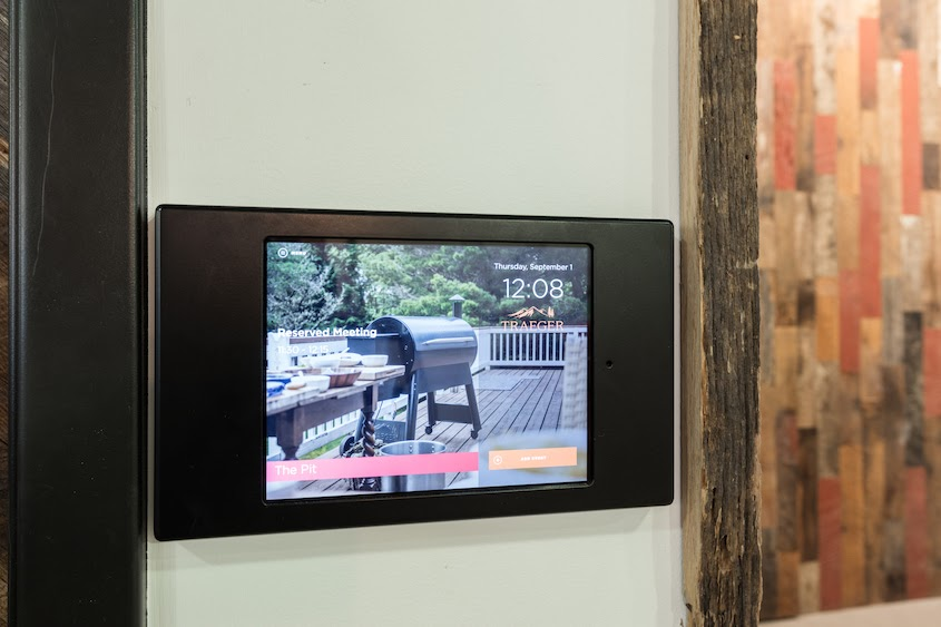 11-6 Digital Signage Trends Coming To Your Workplace