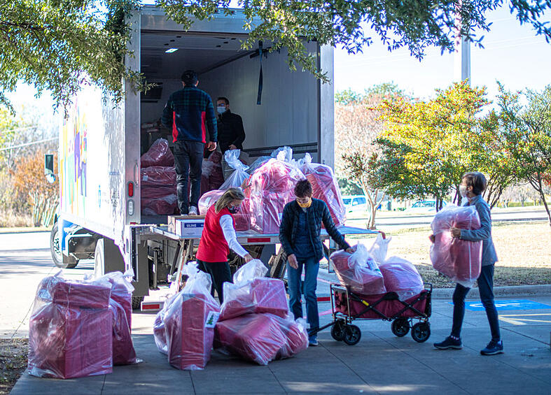 Catholic Charities Dallas Will Hold Annual Christmas Distribution for Families in Need