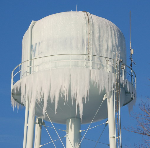 ice prevention in storage tanks