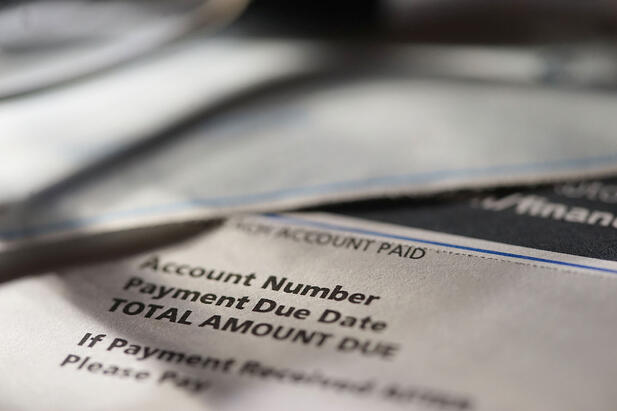 4 Tips for Writing Your Invoices to Stand Out