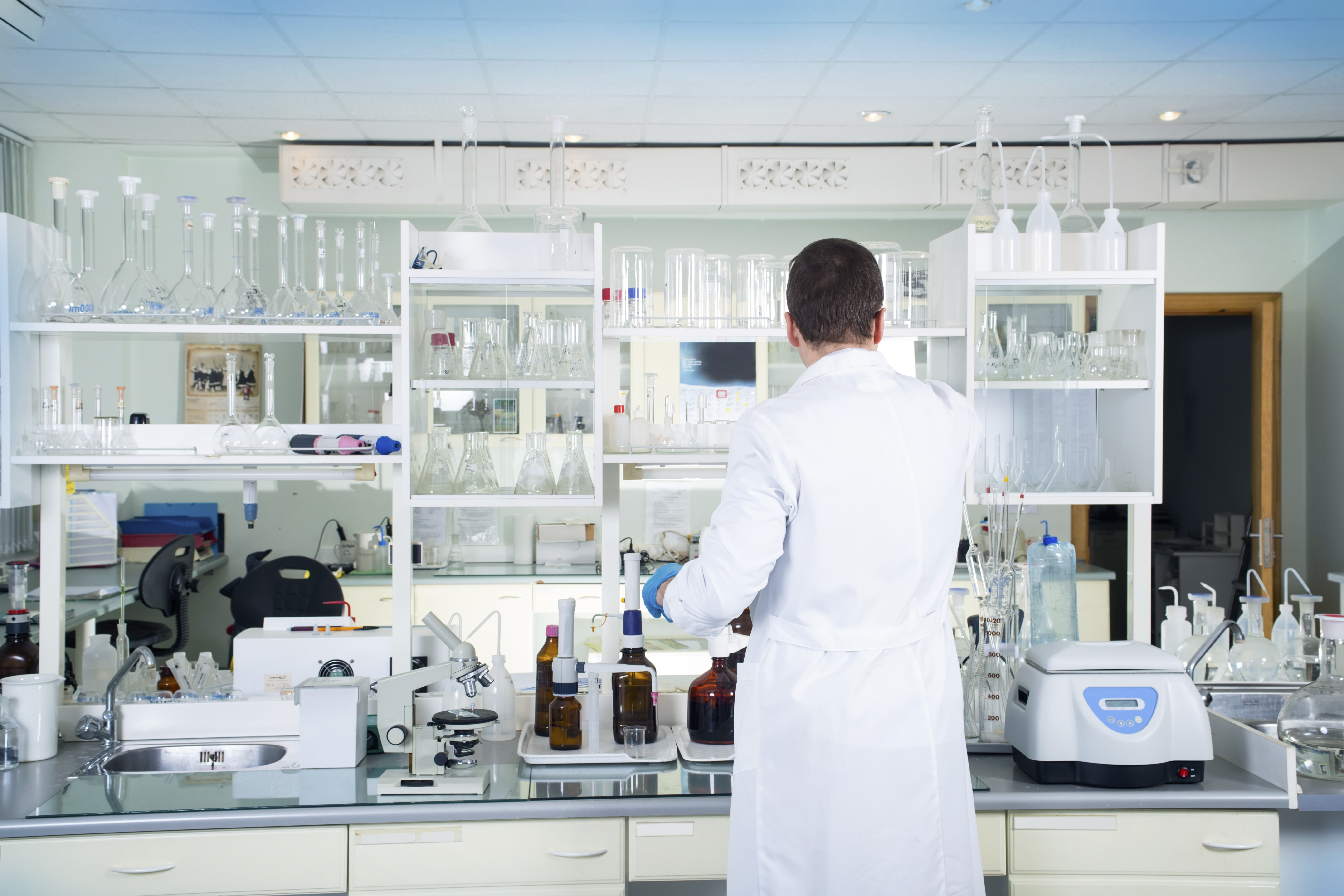 6 tips for implementing lab inventory management software
