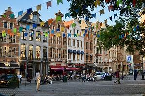 Flemish Government signs 7-year government transformation deal