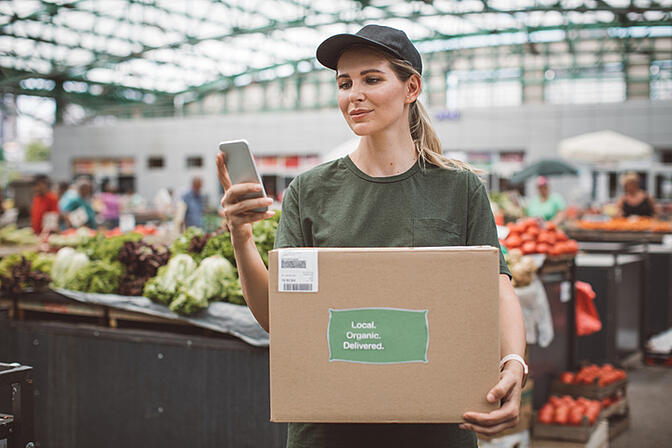 Why Your Food Safety Compliance Training Needs Microlearning Technology