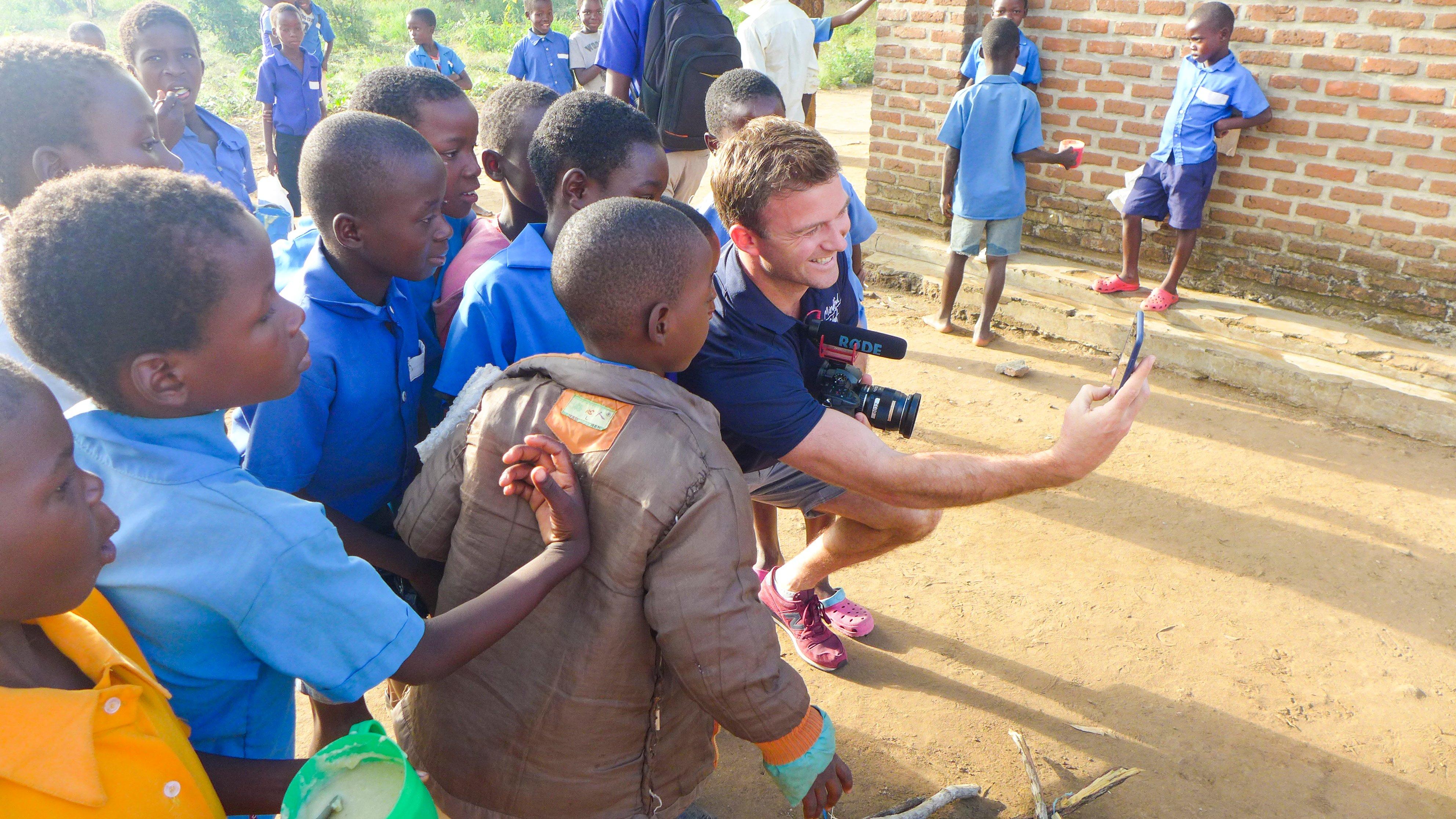 malawi giles selfie