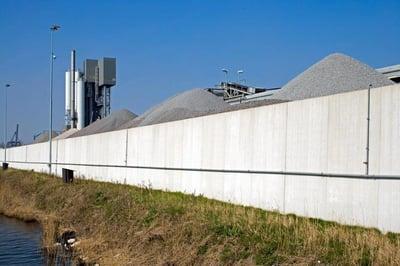Keerwanden_voor_terreinrenovatie_asfaltcentrale_APM_Bergen_op_Zoom_5