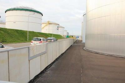 Tankenpark_Chemtrade_Rotterdam_keerwanden_in_plaats_van_damwanden_21