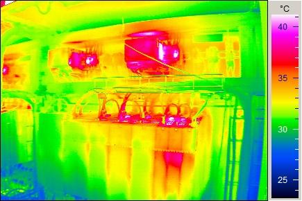 制御盤用キャビネット・ボックスの温度管理対策
