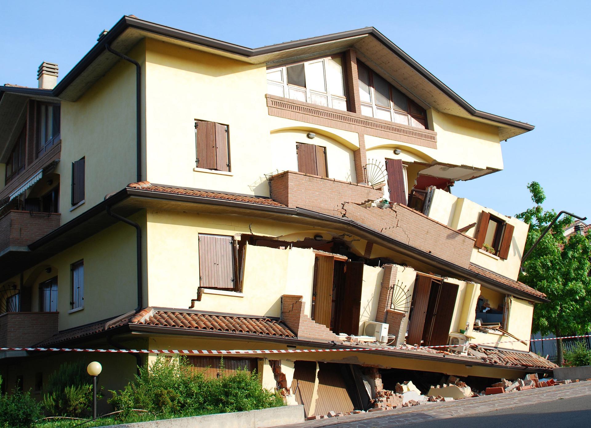 insurance-cover-earthquake-damage