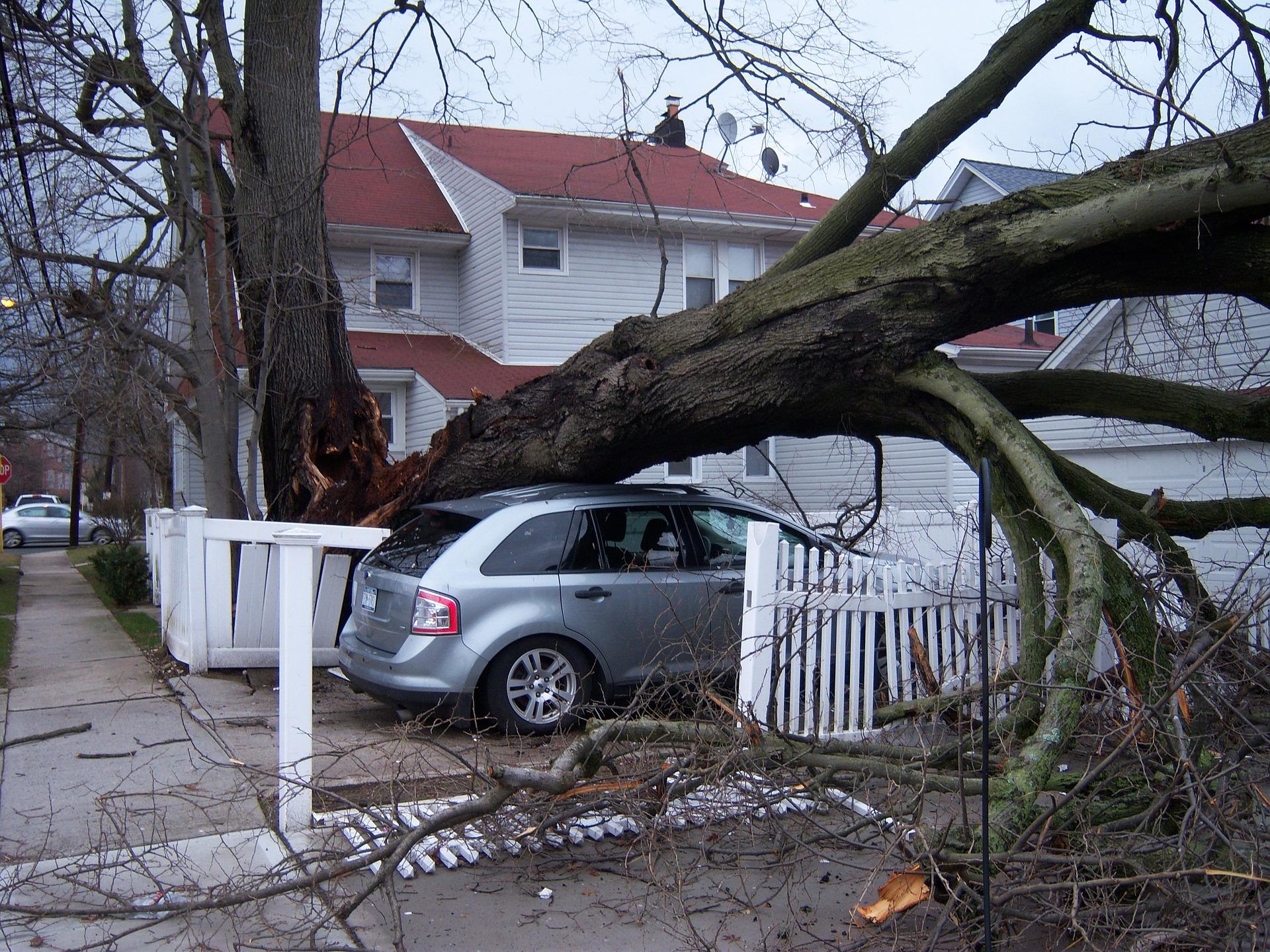 insurance-cover-hurricane-damage